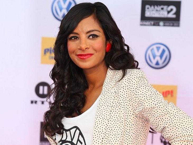 Mein erster Muttertag: Stars im Mama-GlückCollien Ulmen-Fernandes (30) will den Namen ihrer am 11. April 2012 geborenen Tochter nicht verraten. zeigen will sie sie auch nicht. Ihren ersten Muttertag feiert die Schauspielerin trotzdem am 13.