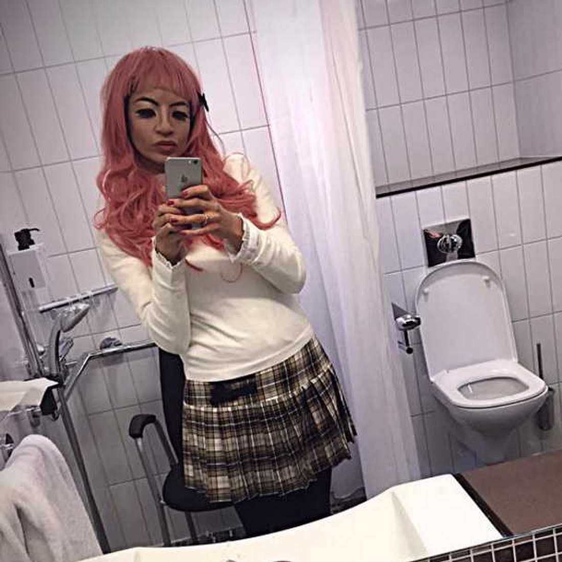 Collien Ulmen-Fernandes hat rosa Haare!