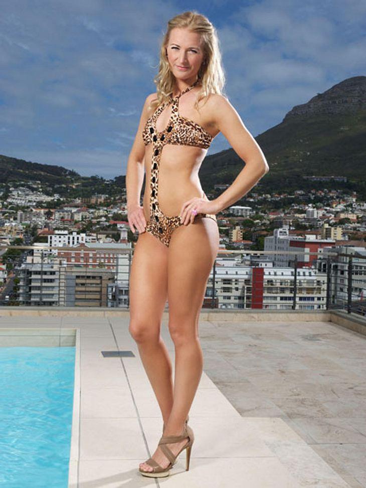 """Bachelor 2013"": Bikini-Rätsel der Kandidatinnen - Wer ist das Playmate?Ob der Bachelor bei diesen Fotos wohl an Doktorspielchen denkt?"