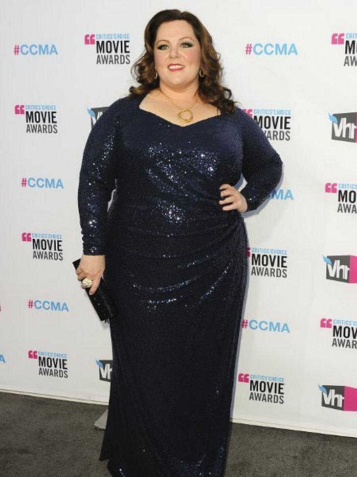 """""""Critic's Choice Awards"""" 2012 - Die schönsten Kleider,Normalerweise heißt es ja, wer etwas rundlicher ist, solle sich von Glanz und Glitzer fern halten. """"Gilmore Girls""""- und """"Brautalarm""""-Star Melissa McCarthy ("""