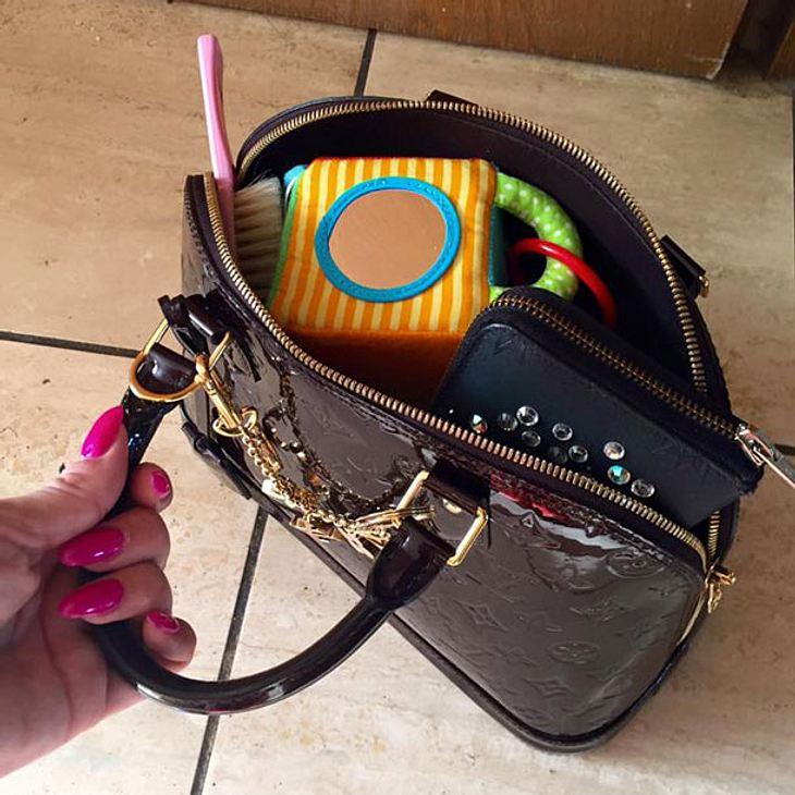 Daniela Katzenberger hat sich eine Louis Vuitton Handtasche gegönnt