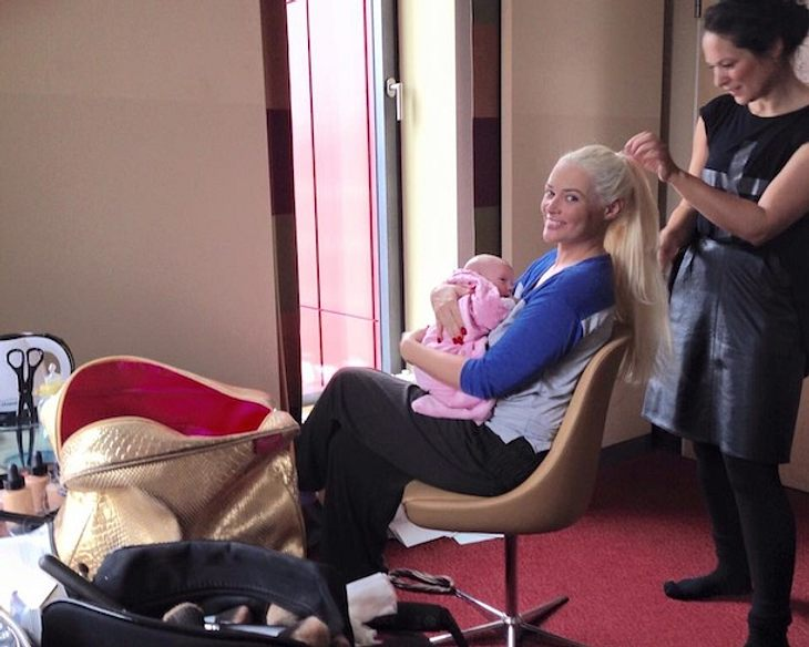 Working Mom: Daniela Katzenberger nimmt Sophia mit zur Arbeit