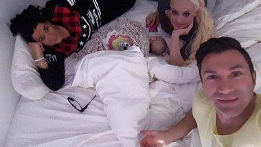 Daniela Katzenberger: Familien-Kuscheln mit Baby Sophia - Foto: Facebook / Daniela Katzenberger
