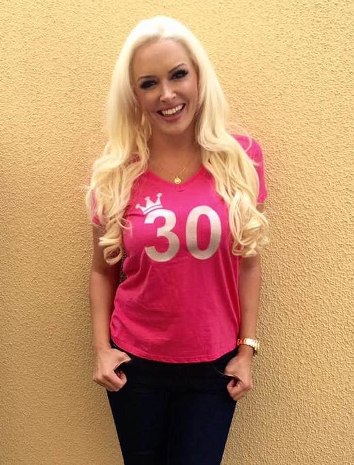 Zum 30. Geburtstag! Daniela Katzenberger freut sich über 2,5 Millionen Facebook-Freunde