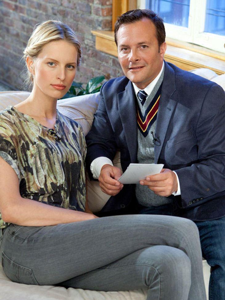 Karolina berät sich mit IMG-Chef Ivan Bart.
