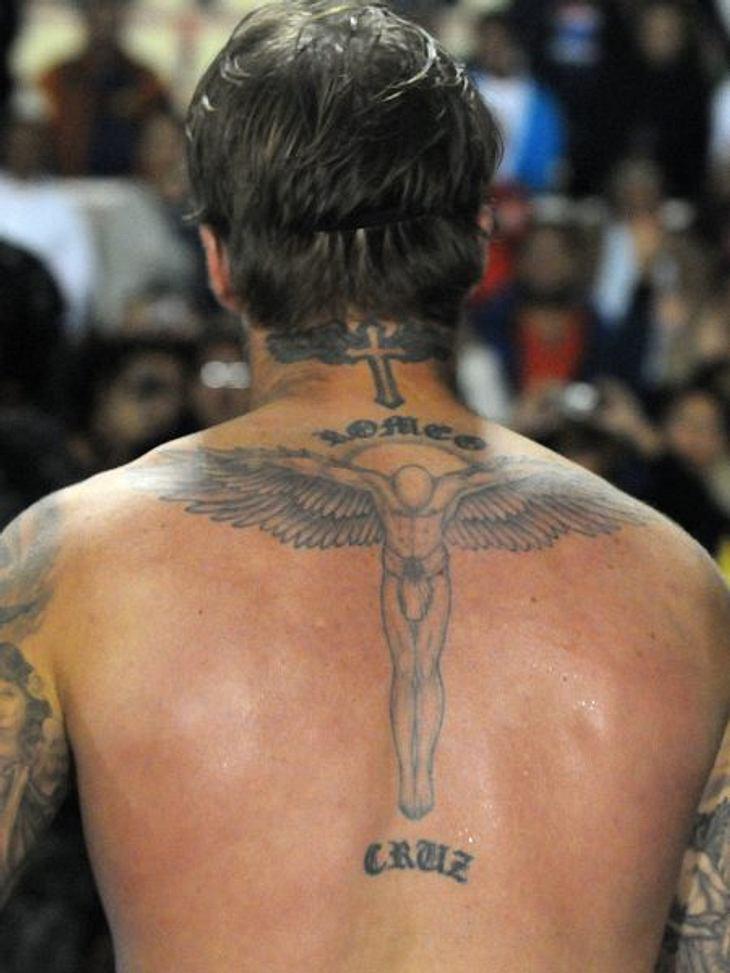 Auf Schlimmer Und Ewig Die Liebes Tattoos Der Stars