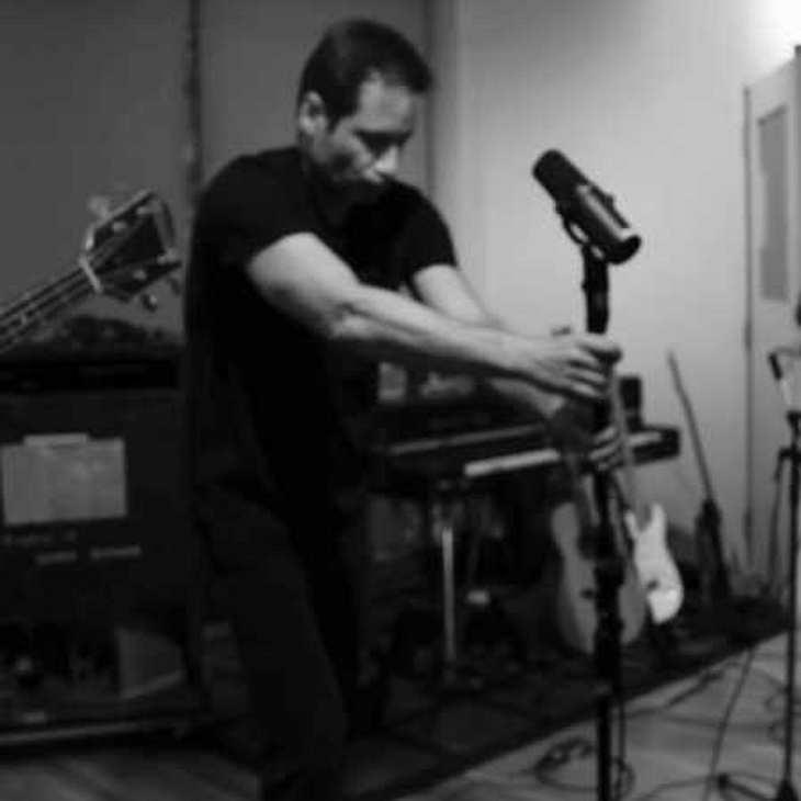 Akte X-Star David Duchovny macht Musik!