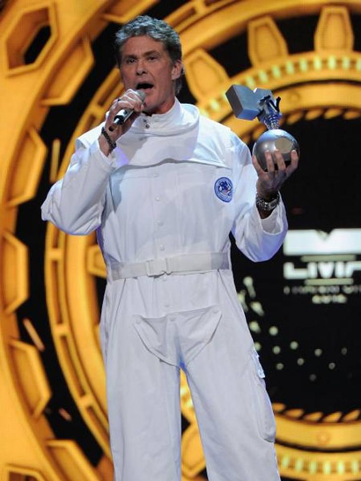 """MTV Europe Music Awards 2012 - Die HighlightsDavid Hasselhoff (60) hatte einen ganz besonders verantwortungsvollen Job bei den MTV EMAs: Er trat nicht nur als Laudator auf, sondern twitterte hinter den Kulissen fleißig als """"Social Medi"""