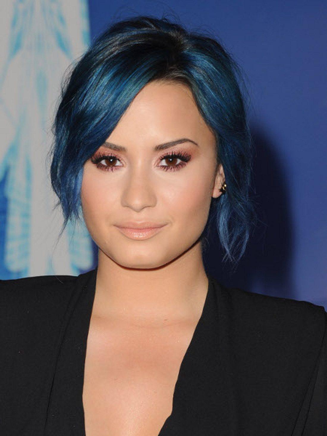 Demi Lovato hat die Haare blau!
