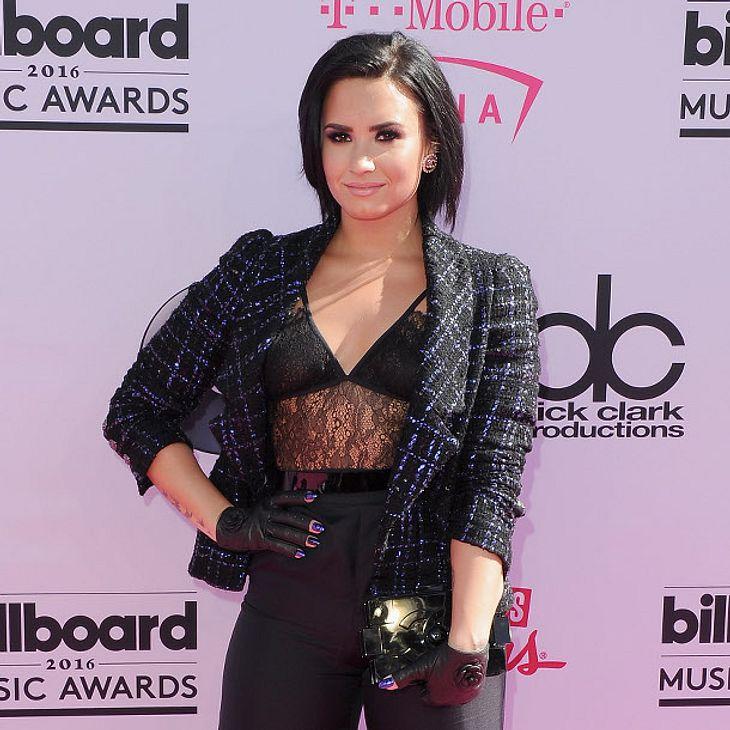 Demi Lovato steht offenbar auch auf Frauen