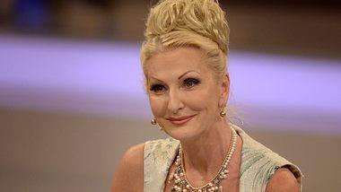 Das Sommerhaus der Stars: Zeit Desiree Nick mit einer Frau ein? - Foto: Getty Images