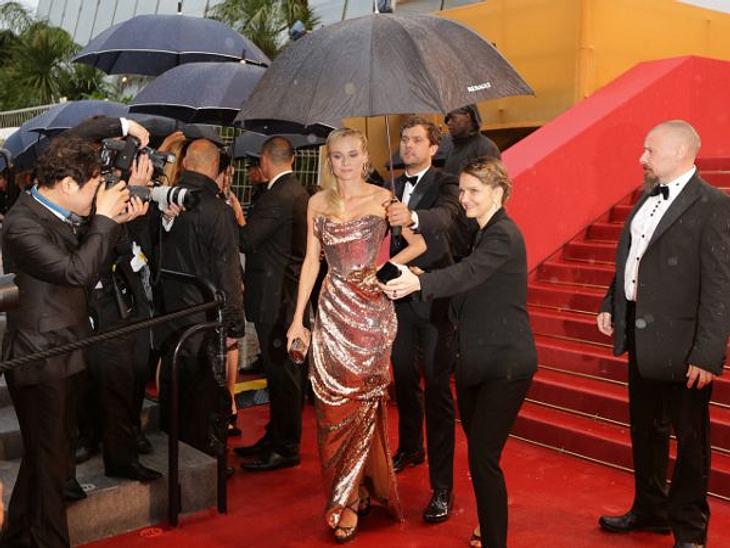 Cannes 2012Filmfestspiel-Jurorin Diane Kruger (35) war gar nicht begeistert von diesem Mistwetter und machte auch keinen Hehl daraus.