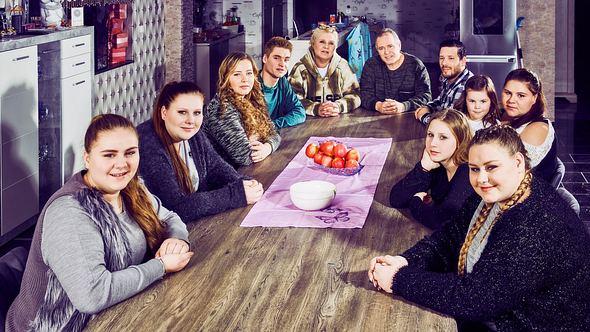 Neues Zuhause für die Wollnys dank Vermögen - Foto: RTLzwei