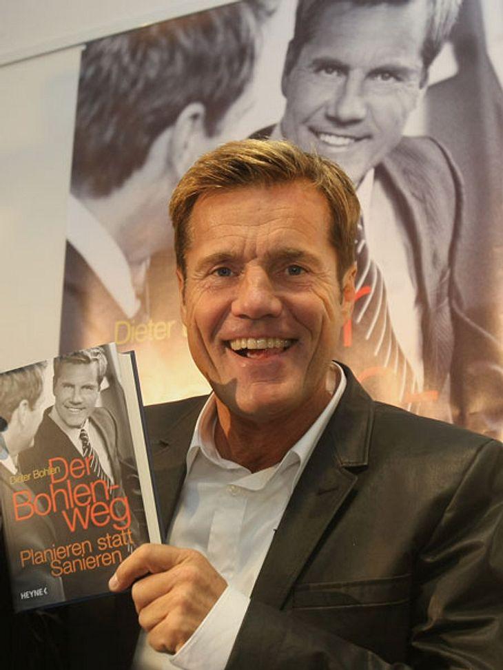 Dieter Bohlen: Sein Gesicht im Wandel der Zeit (2008),Der Poptitan ist kein bescheidener Mensch. Er brüstet sich gerne mit Erfolgen und provoziert wo er kann.2008 veröffentlichte er seinen Lebensratgeber, in dem er aus persönlichen Erfahrun
