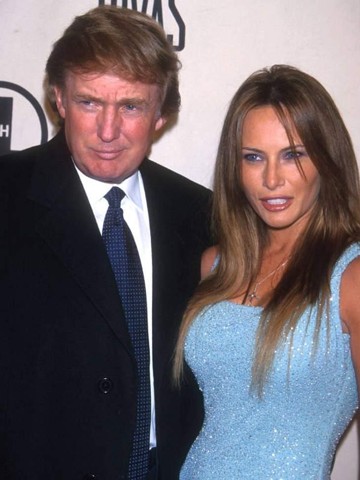 Prominente Paare mit großem AltersunterschiedDer US-amerikanischer Unternehmer und Milliardär Donald Trump (65) ist seit 2005 mit Melania Knauss (33) verheiratet. Die beiden trennen ganze 32 Jahre! Nutzt sie ihn nur aus?Berühmte Paare: Dies