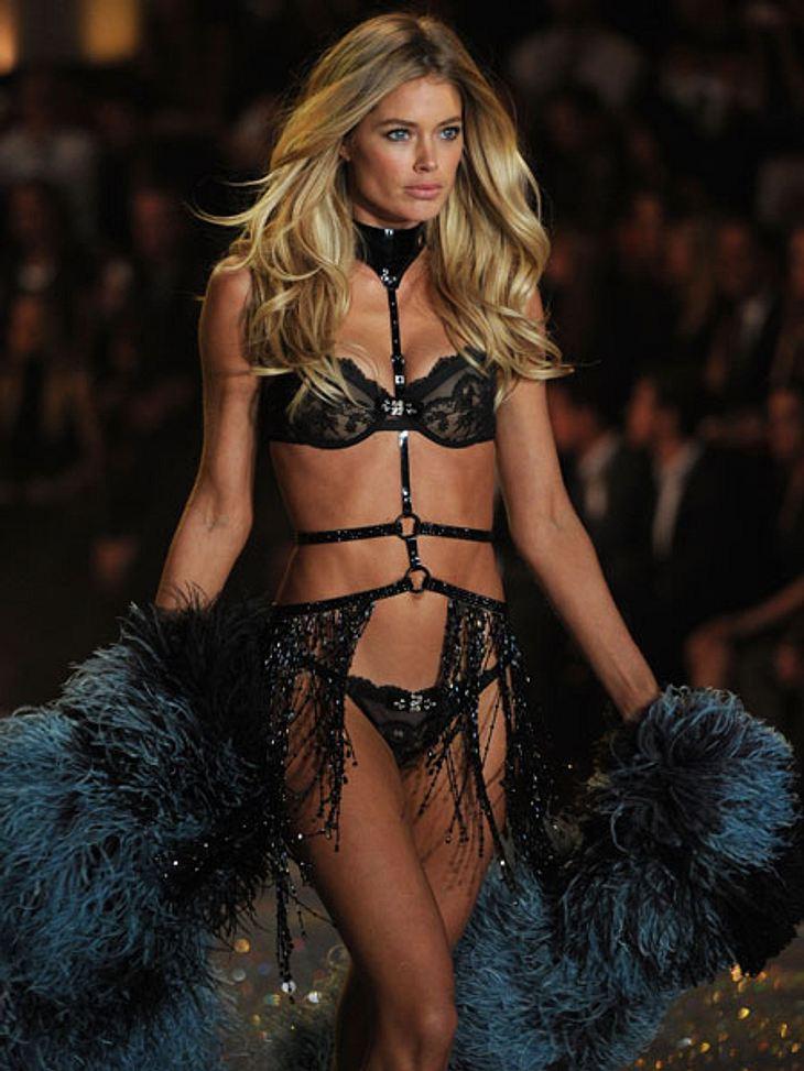 """""""Victoria's Secret"""" 2013 - So sexy und spektakulär war die ShowSexy!!! Doutzen Kroes kann einfach alles tragen und sieht immer umwerfend aus."""