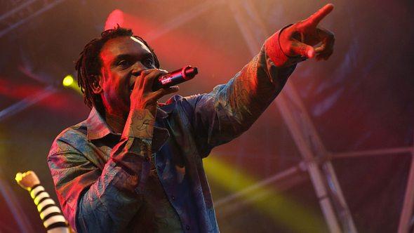 Dr. Alban auf der Bühne mit Its my Life - Foto: Getty Images