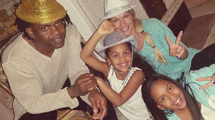 Dr. Alban zuhause mit seiner Familie