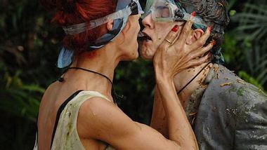 Ekel-Küsse von Joey Heindle und Fiona Erdmann