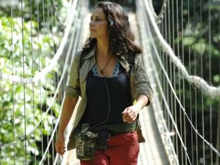"""Neues aus dem DschungelcampNach Frank und Eva musste Gitta Saxx als dritte das Dschungelcamp verlassen. Sie hat nicht genug Anrufe von den Zuschauern bekommen. Zuvor hatte sich noch ihren Geburtstag im Dschungel gefeiert.""""Alle Infos zu"""