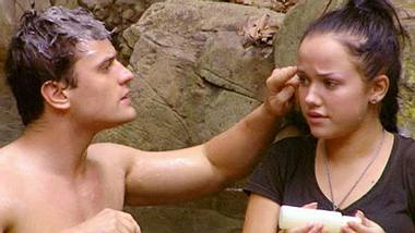 Rocco Stark und Kim Gloss kamen sich schon im Dschungelcamp näher - Foto: RTL