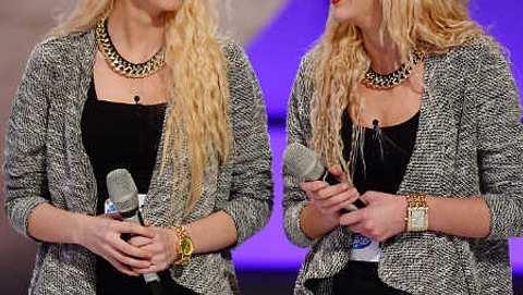 Diese zwei Schwestern brachten Mandy Capristo zum Weinen. - Foto: RTL / Willi Weber