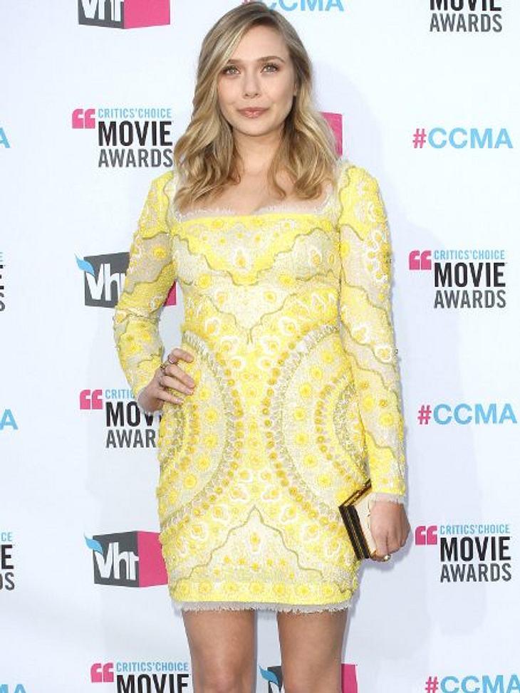 Star-Style: GelbDie Schwester der Olsen-Zwillinge, Elizabeth Olsen (21), weiß, was modisch läuft: Gelb, Muster, Spitze? Gekauft!