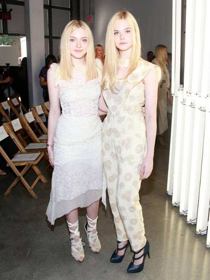 """Vom Kinderstar zum Sex-SymbolHeute treten die beiden Schwestern immer noch gerne im Doppelpack auf. Sie sind jedoch deutlich erwachsener geworden.Elle Fanning (14) stand zuletzt für den Film """"Wir kaufen einen Zoo"""" vor der Kamera,"""