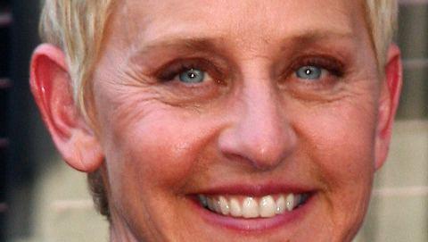 Ellen fühlt sich offenbar übergangen. Trotz ihrer grandiosen Show musste sie den Platz räumen. - Foto: WENN