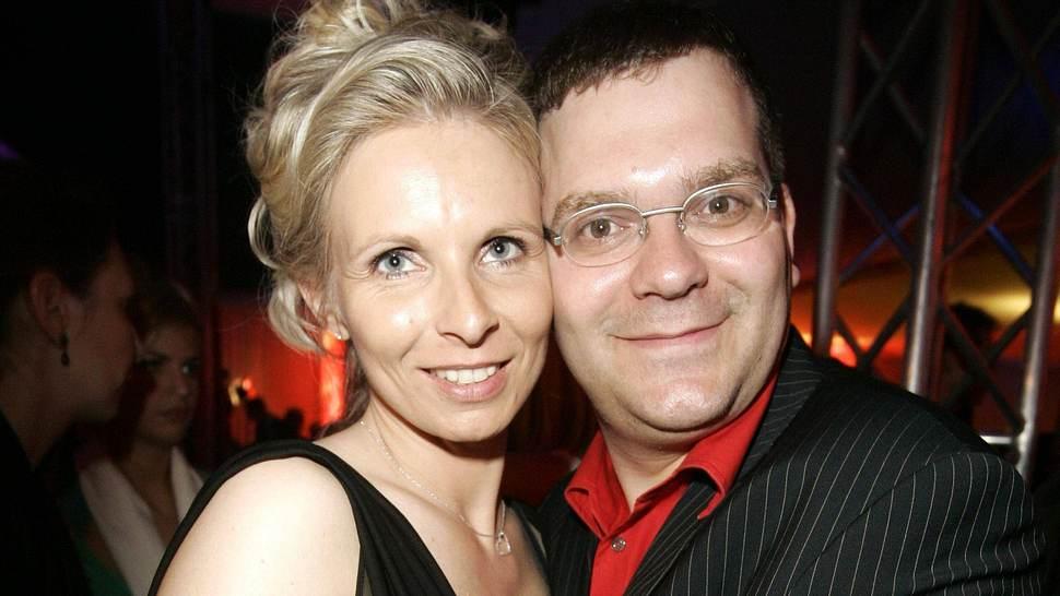 Elton mit seiner Frau Yvonne - Foto: Imago