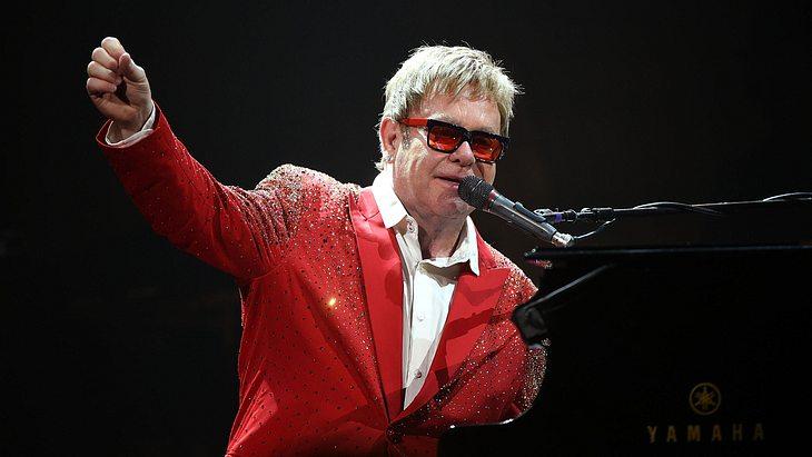 Elton John: Konzerte abgesagt! Große Sorge um den Sänger