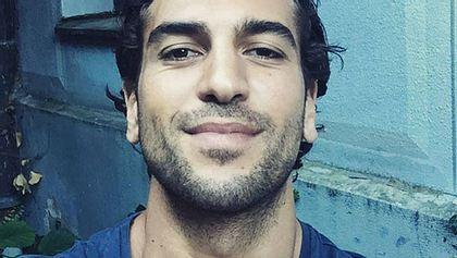Elyas MBarek postet Nacktfoto