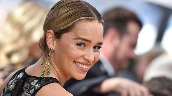 Emilia Clark: Trendiger Kurzhaarschnitt! - Foto: Getty Images