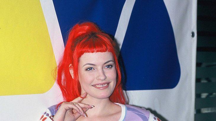 Enie van de Meiklokjes als Viva Moderatorin 1997