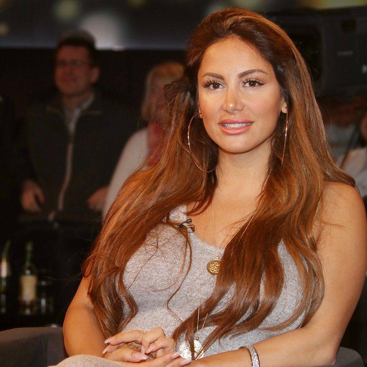 Enissa Amani zeigt sich von ihrer sexy Seite