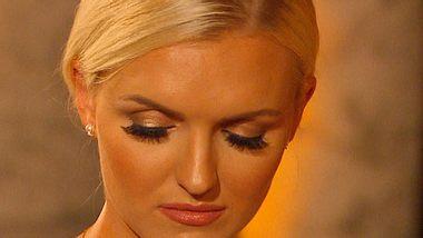 Bachelor-Erika: Dramatischer Zusammenbruch! - Foto: RTL