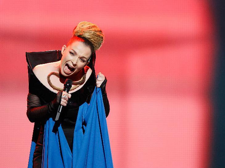 Eurovision Song Contest 2012: Highlights,AlbanienRona Nishliu polarisiert die Zuschauer: Kaum auszuhaltendes Kreischen und abstoßende Frisur sagen die einen, eigenwillige Künstlerin, die all ihr Herzblut in diesen Song gepackt hat, sagen di