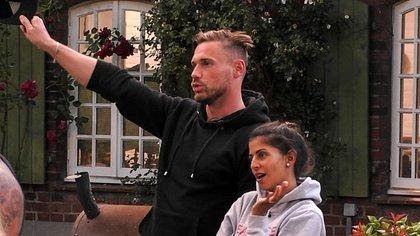 Chris Broy und Eva Benetatou - Foto: TVNOW