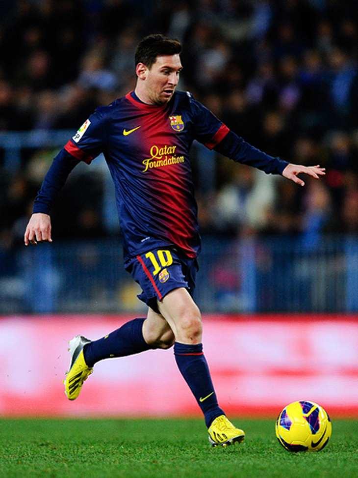 Das sind die Top 50 Stars bei FacebookPlatz 14: Lionel (Leo) Messi41.240.392 LikesLionel Messi wurde 2009 bereits zu Europas Fußballer des Jahres gewählt und viermal in Folge zum Weltfußballer des Jahres. Da wundert es nicht, dass er auf Pl
