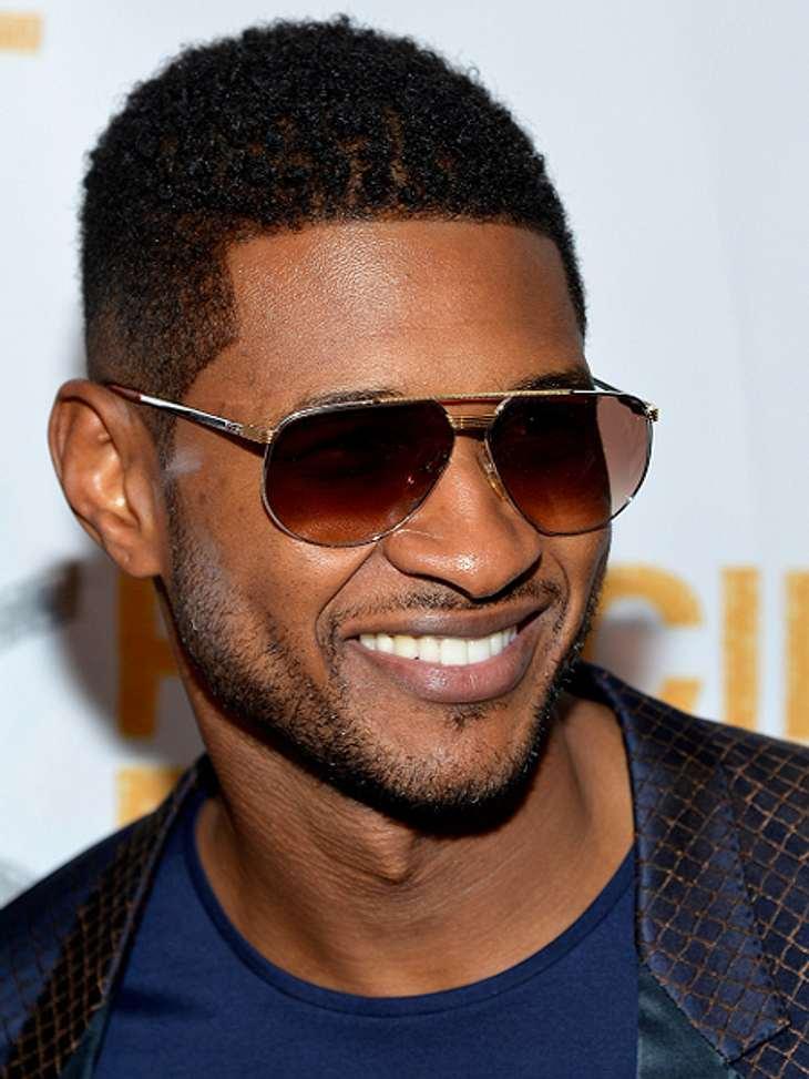 """Das sind die Top 50 Stars bei FacebookPlatz 25: Usher35.335.977 Likes""""Ich glaube, Liebe ist das einzige Gefühle, dass du nicht erklären kannst, weil es für jeden anders ist"""", schreibt Usherund postet dazu ein Bild von sich und sei"""