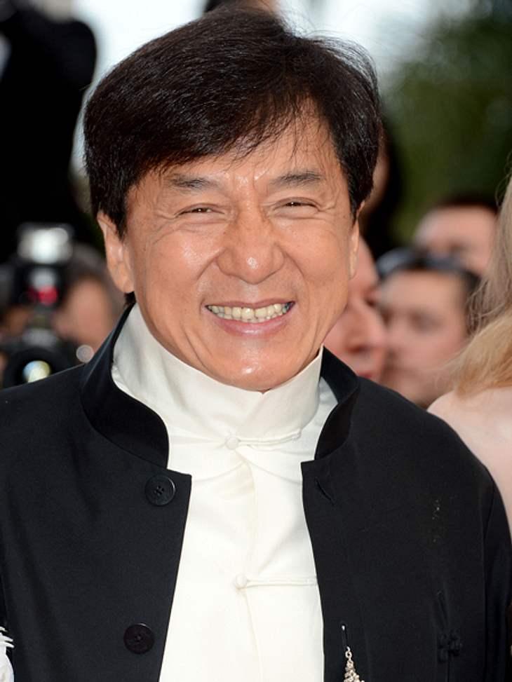 Das sind die Top 50 Stars bei FacebookPlatz 27: Jackie Chan31.640.144 Likes Auf der Timeline der Schauspiel-Legende findet man jede Menge Bilder von ihm. Darunter viele Filmszenen und Privatfotos von früher und heute. Zur Facebook-Seite von