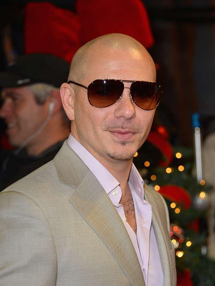 Das sind die Top 50 Stars bei FacebookPlatz 32: Pitbull27.419.268 Likes Hat er auch irgendwann mal schlechte Laune? Auf seinen Facebook-Bildern sieht man ihn nur lächelnd, seine Posts klingen nach Spaß. Unter einem Foto, wo man Pitbull an d