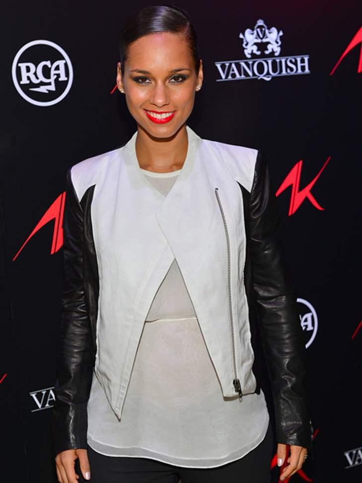 Das sind die Top 50 Stars bei FacebookPlatz 39: Alicia Keys23.985.624 Likes Alicia Keys zeigt ihre Outfits, Ringe, Schuhe und alles was das Frauenherz höher schlägen lässt. Natürlich gibt es auch aktuelle Musikvideos, Interviews und Konzert