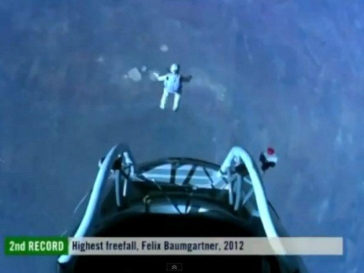 Jahresrückblick 2012 - Die schönsten Momente der Stars Es war die Sensation 2012: Felix Baumgartner springt aus 39.000 Metern Höhe. Alles geht gut, alle sind glücklich. Weltrekord!