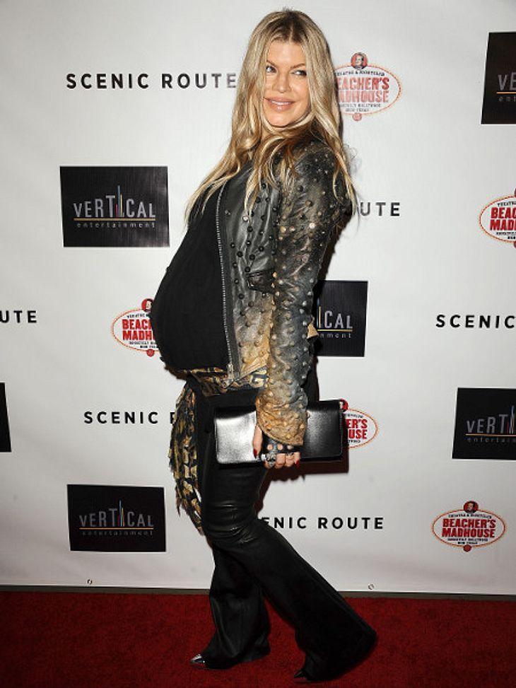 Fergie bringt gerade ihr erstes Kind zur Welt