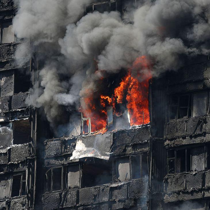 Hochhaus in Flammen: Mutter wirft Baby aus dem 10. Stock