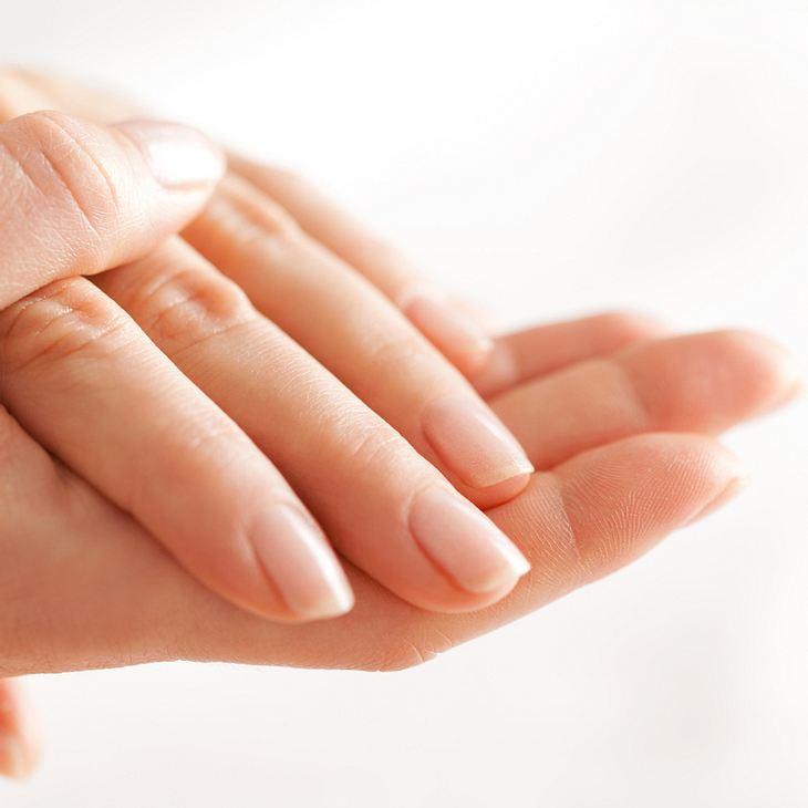 Fingernägel Pflege