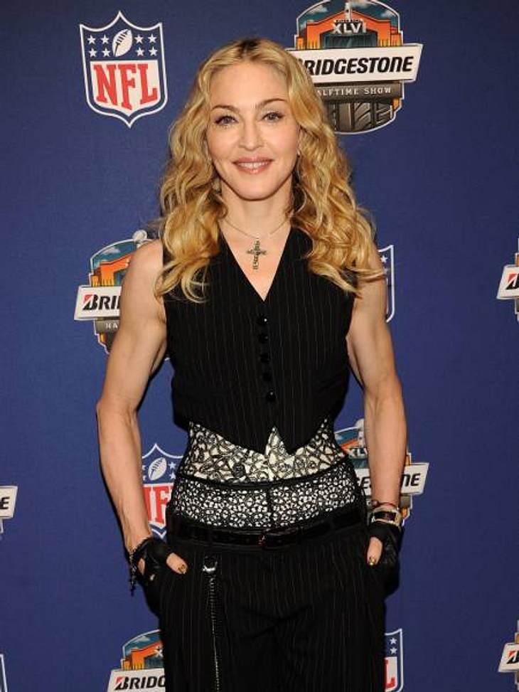Die Fitnesstrainer der Stars: so macht sich Hollywood fit für den Sommer,Madonna (53) hat sich 18 Monate auf ihrer Welttournee von Fitness-Coach Tracy Anderson begleiten lassen. Die Fitness-Queen trainiert sechs Mal wöchentlich mit 3 Kilo-G