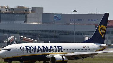 Zwischenlandung: 33 Ryanair-Passagiere im Krankenhaus - Foto: Getty Images