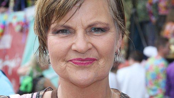Fräulein Menke ist wütend auf ihren Bruder - Foto: Becher/WENN.com